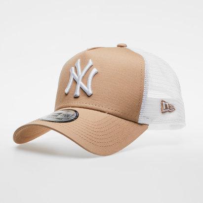 New Era MLB New York Yankees Team Essential Trucker Cap