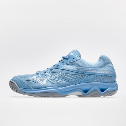 Mizuno Wave Thunder Blade Ladies Netball Trainer.